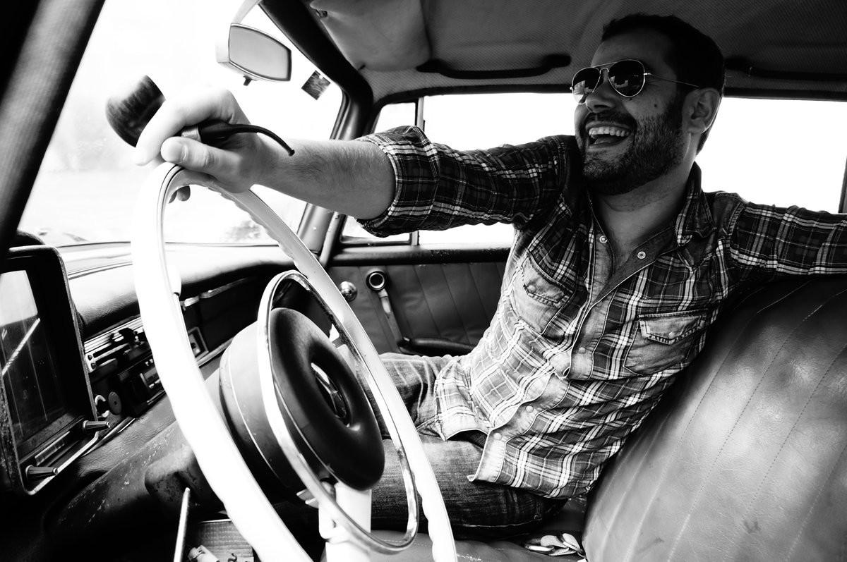 Gonzalo Arca - Alone At The Crossroad