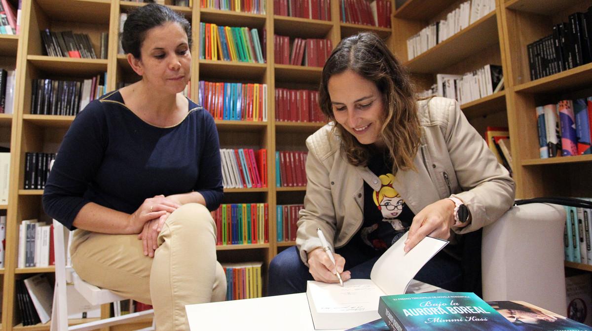 Mimmi Kass presenta en Pontevedra o seu libro 'Bajo la