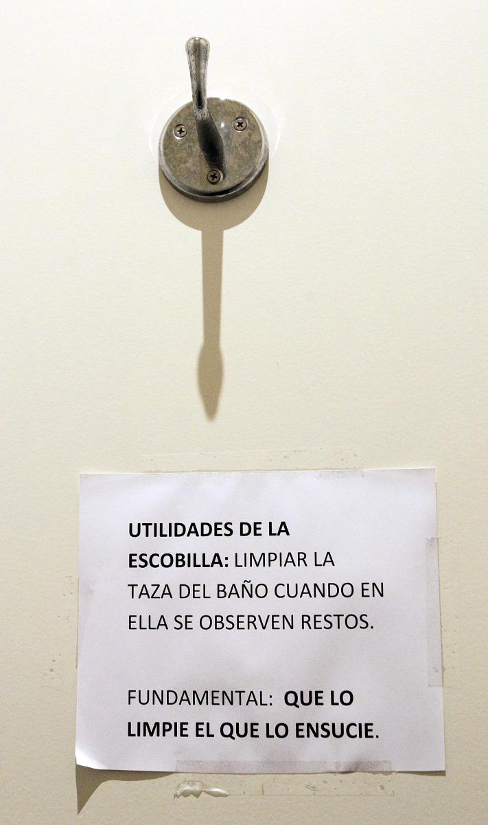 Mazas escobillas y cuartos de ba o pontevedra viva - Como limpiar el wc ...