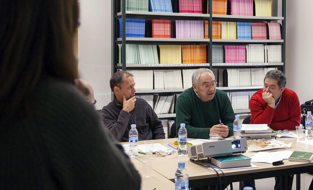 La universidad aut noma de barcelona estudiar y divulgar for Oficina de empleo pontevedra