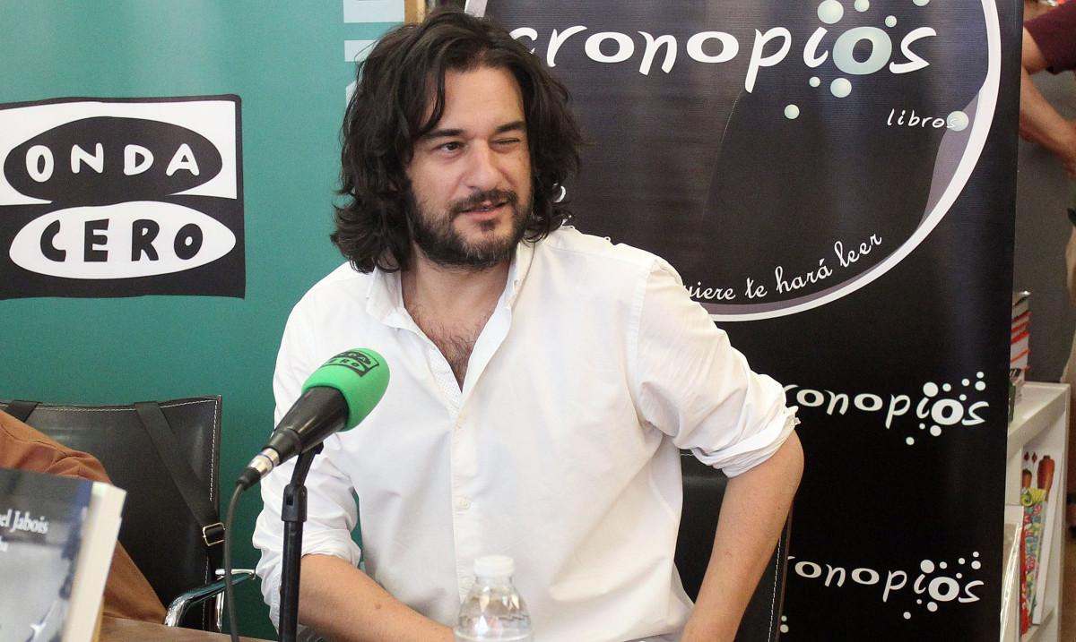 "Manuel Jabois presenta en Pontevedra ""Malaherba"""