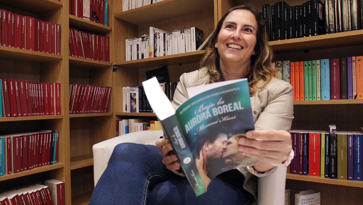 Mimmi Kass presenta en Pontevedra su libro 'Bajo la aurora