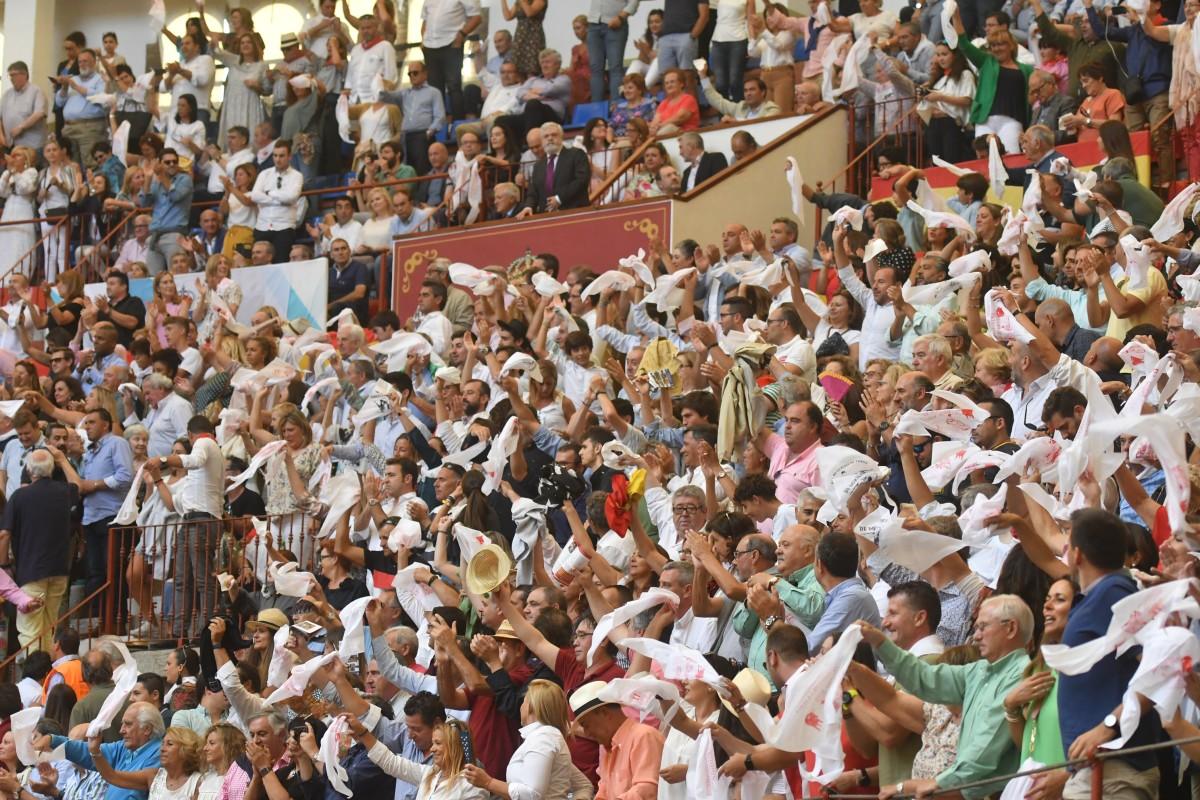 Peregrina Sin Toros Suspendida La Feria Taurina De Pontevedra Pontevedra Viva