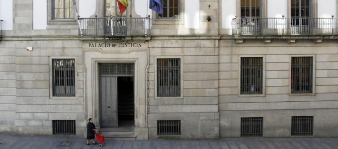 Condenan un pontevedr s por cobrar axudas da seguridade for Cual es el gimnasio mas cercano